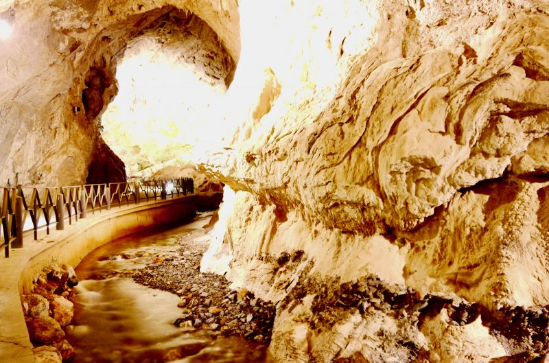 grotta san giovanni domusnovas